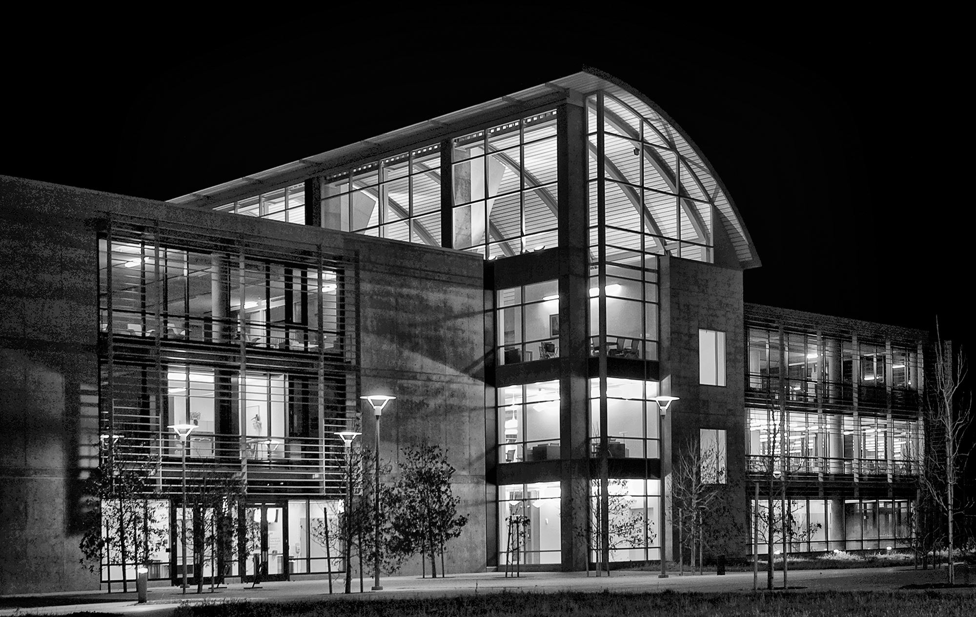 CSUMB Memorial Library at night
