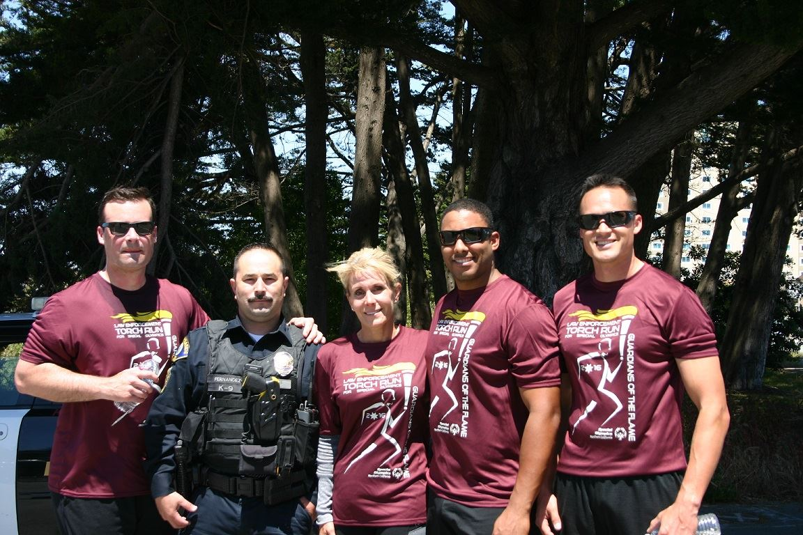 Group of Officers photographed after the Torch Run